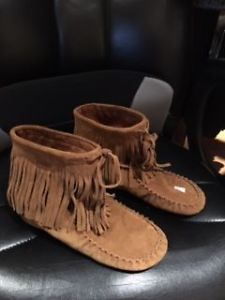 MOCCASIN BOOTS - BRAND NEW NEVER USED - SIZE 8 - $20