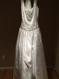 Mora Lee Wedding Dress