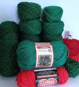 More Christmas Yarn - Red Heart & Bernat & More, 12-Pce