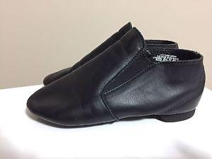 Capezio girls size 12 leather jazz shoes
