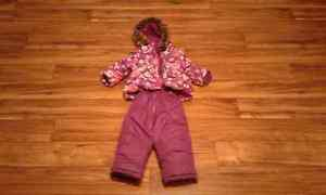 Girls snow suit size 1