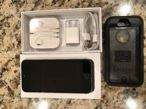 IPhone 5s, silver 16 gb Execellent Condition