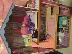 Large doll house with accessories