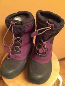 North Face - Purple Winter Boots - Size 5 Youth
