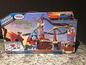 Thomas & Friends Shipwreck Rails Set New in Box