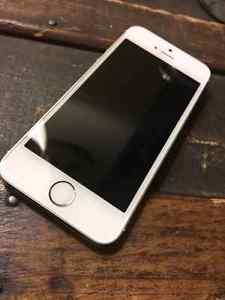 Wanted: IPhone 5S Perfect condition