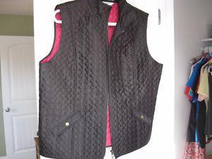 Alia black vest
