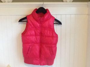 Joe pink vest