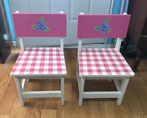 SUPER CUTE PAIR OF KIDS CHAIRS FOR SALE