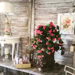 HUGE SALE! The Pretty Room/Primitive Room/circa