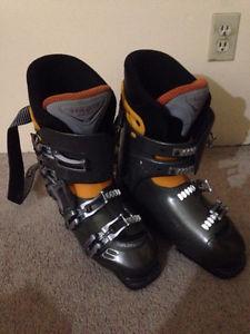 Ski Boots size  (Kits/UBC)