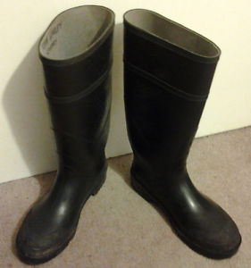 """Steel-Toe Rubber Boots/size 8"" & ""Winter Work Boots"" for"