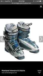 Wanted: Looking for size 9 woman's or  downhill ski