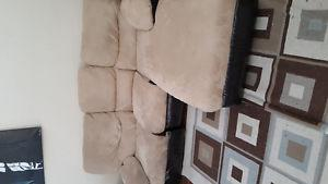 Couch and recliner for sale very nice set.