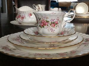 Royal Albert Lavender Rose 36pc