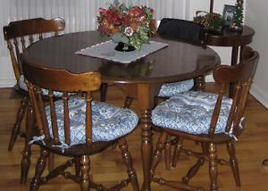 Solid Maple Wood Table & Chairs $