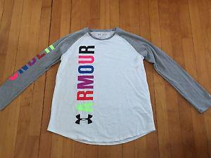 Under Armour youth XL loose fit baseball shirt - like new