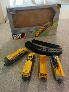 CAT electric train set - complete, no broken parts, very