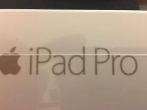 Apple iPad Pro GB with Wi-Fi - Gold (Brand New)