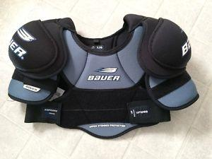 Bauer Supreme  Shoulder Pad. New with tags
