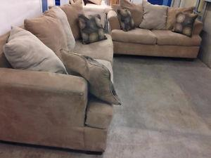 Couch & Love Seat SET - Delivery