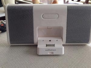Ipod music docking station