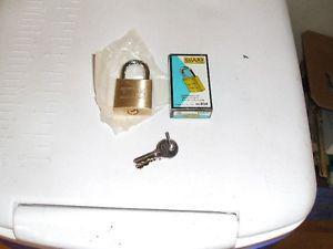 brand new guard locks with 2 keys
