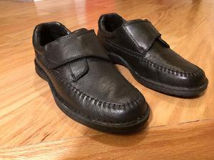 Arnold Palmer Black Leather Shoes - worn once / like new -