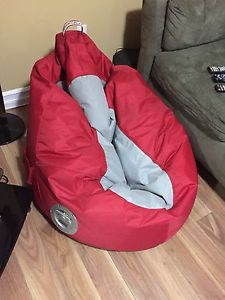 Wanted: Apple beanbag chair with speakers