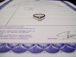 14K WHITE GOLD DIAMOND SOLITAIRE RING. ESTATE SALE.