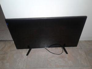 32 inch flat screen will take 120 if sold tonight