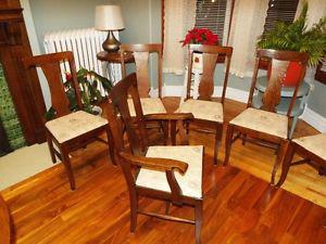Antique oak T style vase back dining room chairs