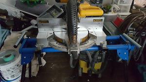 Dewalt 12-inch Double Bevel Compound Miter Saw