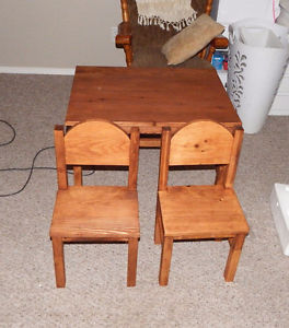 FOE SALE HOME MADE KIDS TABLE AND CHAIRS $