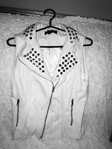 Wanted: S vest never worn