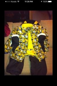 Yellow and black snowboard suit