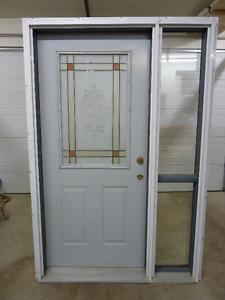 Must Go Exterior Door with Side Lite