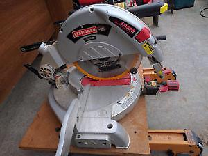 SEARS CRAFTSMAN MITRE SAW IN NEW CONDITION $160