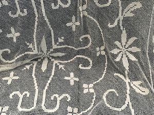 Selling 6'x5' Elegant Rectangular Tablecloth