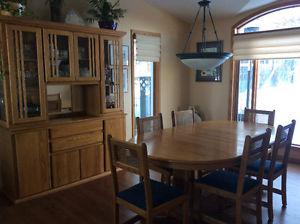 Solid oak dining room set and buffet