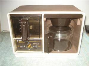 VINTAGE BLACK & DECKER (GE) SPACEMAKER COFFEE MAKER