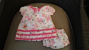 Winnie the poo outfit sz 6 - 9 months