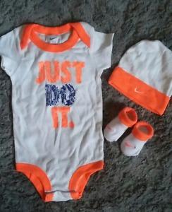 0-6 month Nike Baby Boy 3 Piece Set