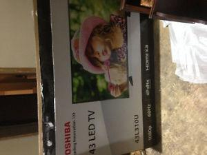 43 inch toshiba led p hdmi brand new in box