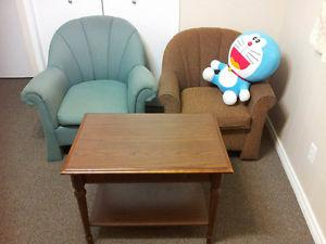 A Set of Two Beautiful Single Person Couch with Great Wood