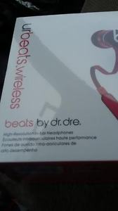 BRAND NEW DR.DRE WIRLESS BEATS