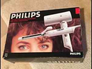 Brand New Philips  Watt 2 in 1 Hairdryer & Curling Iron