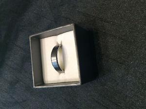 Brand new men's ring/wedding band - size 12