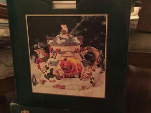 Christmas Decoration - Tea Kettle Mouse House