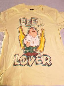 Family Guy shirt L